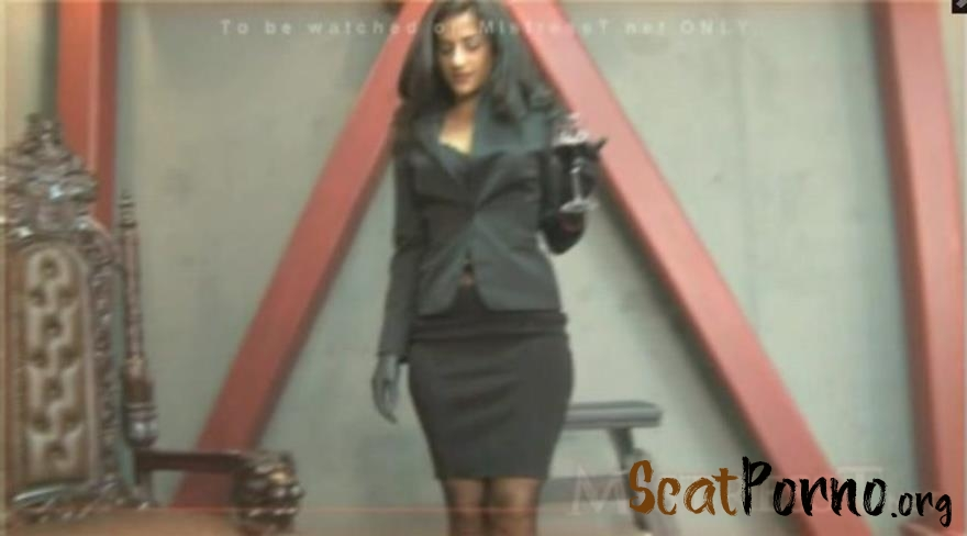 Mistress Delilah, Mistress T - Learn to Eat