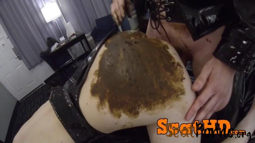 Iness - XXX Scat Sex In a Hotel Room