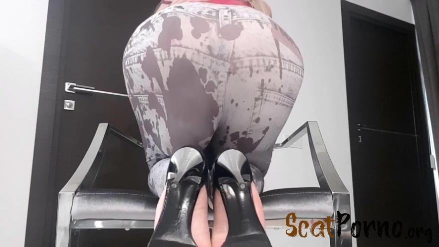 thefartbabes - Huge Bulge In Tights