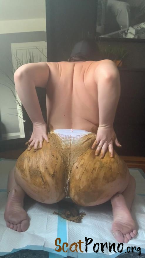Natalielynne699  - This panty poop turned real messy