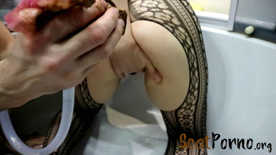 WCwife  - Public sewer pipe Part 1